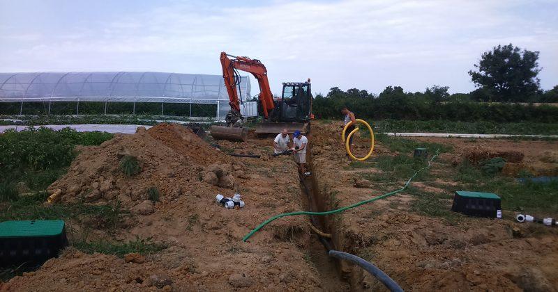 Les chantiers continuent… Il faut de l'eau!